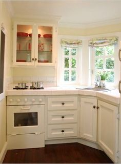 Another playhouse kitchen