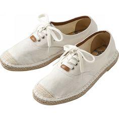White casual zapatos shoes. comforatble espadrille shoes.