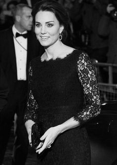 The Duchess of Cambridge arrive at the Royal Variety Performance || November 13 2014