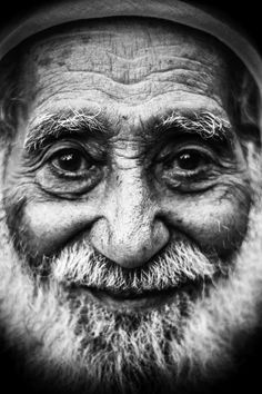 .. Old Man Face, Face Men, Male Face, Black And White Portraits, Black And White Photography, Face Study, Great Works Of Art, Old Faces, Steve Mccurry
