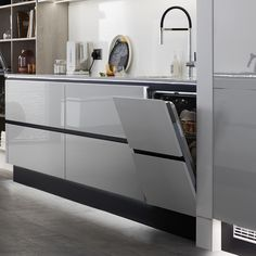 Make your kitchen pop with our selection of accent coloured plinths. The black plinths in this Balham Gloss Dove Grey kitchen have been… Kitchen Plinth, Kitchen Units, Open Plan Kitchen, Kitchen Flooring, Kitchen Storage, Kitchen Cabinets, Kitchen Colors, Kitchen Layout, Home Decor Kitchen