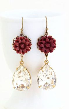 Earrings Burgundy Flower Earrings With Clear Fake Diamonds Diy Jewelry, Jewelry Box, Jewelery, Jewelry Accessories, Jewelry Ideas, Flower Earrings, Drop Earrings, Burgundy Flowers, Gifts For Mom