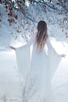 Beautiful winter photo, gown is awesome! Snow Queen, Ice Queen, Double Exposition, Winter's Tale, Fantasy Photography, Foto Art, Belle Photo, Character Inspiration, Marie