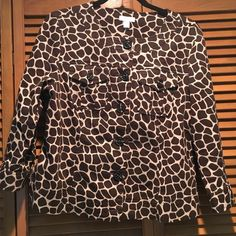 Charter Club Giraffe Print Jacket Size Medium Excellent condition! Very comfortable! Has 2 pockets on chest. Charter Club Jackets & Coats