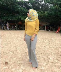 Girl Hijab, Hijab Outfit, Hijab Jeans, Hijab Tutorial, Islamic Fashion, Beautiful Hijab, Covergirl, Hijab Fashion, Amazing Women