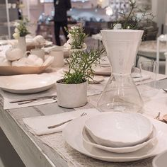 Dinner is ready! Style your dining table with your very own Soma. If you're in NYC feel free to check us out at the ABC Carpet & Home. Enjoy your dinner. #drinksoma #thirstformore