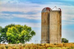 This is a beautiful rural america image available in sizes to 60 X 40 inches. It is a great piece for any wall, home or office.