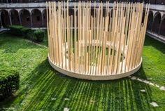 """L'installazione """"Radura"""" progettata dall'architetto Stefano Boeri. Cortile della Farmacia Ca' Granda all'interno dell'Università Statale di Milano (Foto Laura Cionci)"""