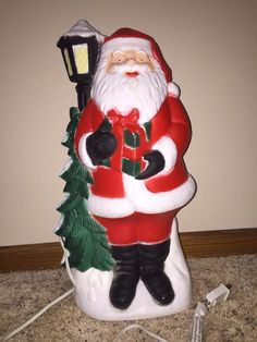vintage christmas 18 tpi santa lamp post lighted blow mold yard decoration