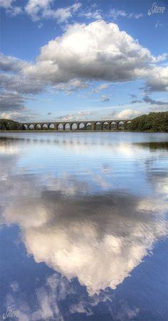 Hewenden Reservoir & Viaduct, West Yorkshire by Steve Swis, via Flickr