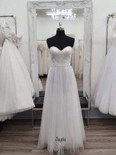 Bella Wedding Dress, Bella Bridal, Deb Dresses, Bridal Dresses, Bridal Collection, Size 10, Bridesmaid, Formal, Elegant