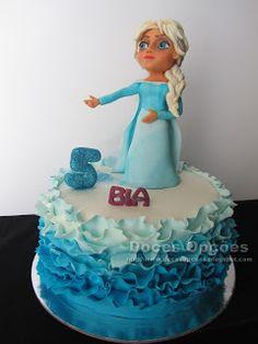 Doces Opções: Bolo com a princesa Elsa para o aniversário da Bia...