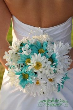 Aqua & White daisy bouquet ~ Absolutely perfect: