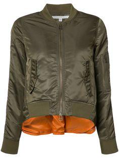 ¡Cómpralo ya!. Veronica Beard - Back Slit Bomber Jacket - Women - Acrylic/Nylon/Polyester/Wool - 2. Green wool blend back slit bomber jacket from Veronica Beard. Size: 2. Gender: Female. Material: Acrylic/Nylon/Polyester/Wool. , chaquetabomber, bómber, bombers, bomberjacke, chamarrabomber, vestebomber, giubbottobombber, bomber. Chaqueta bomber  de mujer color verde de VERONICA BEARD.