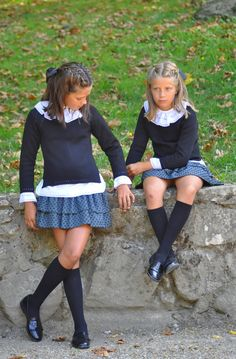 Let's play to be happy, in this world so cruel ! School Girl Outfit, School Uniform Girls, Girls Uniforms, Young Models, Child Models, Little Girl Dresses, Girls Dresses, Pretty Outfits, Cute Outfits