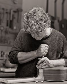 Guitar maker Otto Vowinkel, picture by Tim Knoflook