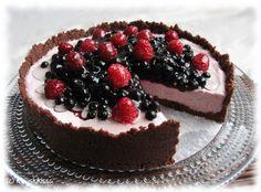 Kuningatar-kakku | Kinuskikissa – Suomen suosituin leivontayhteisö
