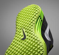 Details w elike / NIKE lunar TR1 training shoe / Lunarlon sole traction / Green
