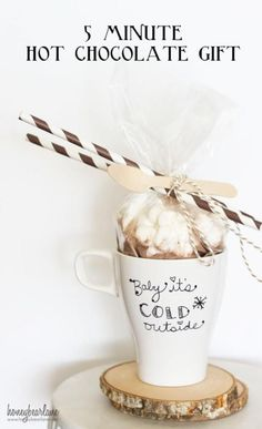 5 Minute Hot Chocolate Gift! Quick and easy to put together!