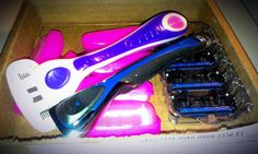800Razors offers cheap razors and blade subscriptions. Read Cole's review and enter to win your own razors and blades at Reviews by Cole