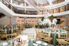 View our online gallery weddings and events organized by Fleur Weddings in Ontario, Canada. Flower Table Decorations, Table Flower Arrangements, Table Flowers, Wedding Decorations, Wedding Photo Gallery, Wedding Photos, Online Gallery, Art Gallery, Event Organization
