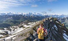 Hengst – Schibengütsch: über die Schrattenfluh zum doppelten Gipfelglück Entlebucher, Mount Everest, Hiking, Mountains, Nature, Travel, Morning Sun, Snow Mountain, Bus Stop