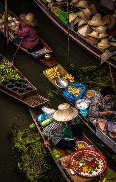 Floating Market. Bangkok. Thailand #lovesobeys