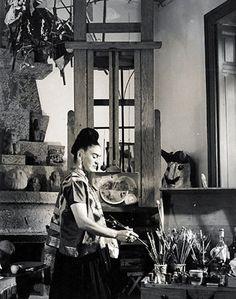 Frida - Inspiring Artist Studios | House & Home