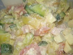 Oblíbený celoroční salát Pasta Salad, Potato Salad, Potatoes, Ethnic Recipes, Food, Red Peppers, Meal, Potato, Essen