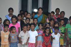 India, Children, Sports, Tops, Fashion, Young Children, Hs Sports, Moda, Goa India