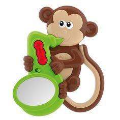 Diversão e aprendizado? É com o Chocalho Musical Macaco Chicco. Este lindo brinquedo tem cores alegres e contrastantes para chamar a atenção do bebê, que ao ser estimulado desenvolverá habilidades visuais para distinguir formas, percepção de cores, e muito mais. O chocalho tem um botão que ao ser acionado, toca uma melodia para a criança ouvir. Com isso, os bebês desenvolvem também a habilidade musical, que consiste em refinar a percepção de ritmos e sons. Sensacional, não é mesmo?