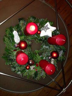 Christmas Wreaths, Christmas Tree, Tree Skirts, Holiday Decor, Home Decor, Creative, Teal Christmas Tree, Decoration Home, Room Decor
