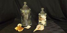 2 vintage inciso barattoli di vetro vasetti Candy di GussiesAttic