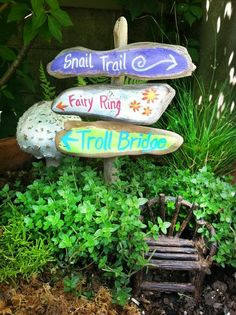 fairy garden signpost, painted signs fairy ring, snail trail, troll bridge on a rustic sign post, minature - DIY Fairy Gardens garden ideas eyfs