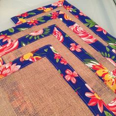 Ramadan Crafts, Ramadan Decorations, Burlap Crafts, Diy And Crafts, Arts And Crafts, Sewing Crafts, Sewing Projects, Mug Rugs, Quilt Blocks