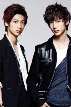 Jo Twins Boyfriend