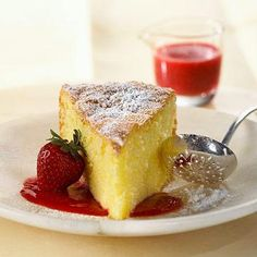 Olive Oil Genoise in Strawberry Champagne Sauce ~ This light and heavenly sponge cake, lightly sprinkled with powdered sugar and surrounded by champagne-laced fruit sauce, is a dessert worth serving at a dinner party. Diabetic Cake, Diabetic Desserts, Diabetic Recipes, Healthy Desserts, Just Desserts, Dessert Recipes, Cooking Recipes, Diet Recipes, Pre Diabetic