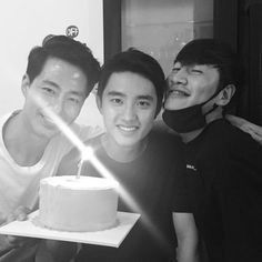 kwangsoo's Instagram update with D.O EXO and Jo in sung anniversary 'It's ok that love' Korean drama.