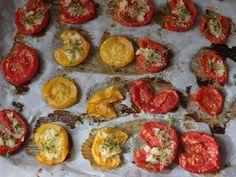 Bruschetta, Granola, Dip, Vegetables, Ethnic Recipes, Food, Salsa, Meal, Muesli
