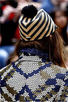 fashion loves. burberry SS12. yes please!    tags: basket weave textures, basket weave patterns, fashion summer 12, fashion mmxii