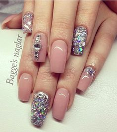 Beautiful Glamour Blinged out nails