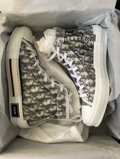 Christian Dior Sneakers for Sale in New York, NY - OfferUp Sneakers Fashion, Fashion Shoes, Shoes Sneakers, Shoes Heels, Girls Sneakers, Mode Kpop, Aesthetic Shoes, Tenis Casual, Hype Shoes