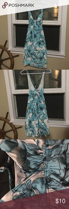 Comfortable summer dress, also great cover up Old Navy,  size 4, White and blue summer dress. Old Navy Dresses Midi
