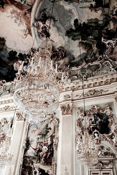 Imagen de art, architecture, and chandelier