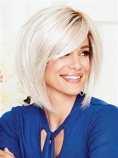 """The On Edge Wig by Gabor is a """"shattered"""" below-the-chin bob that's edgy and fashion-forward. Tousled, tapered layers throughout create the perfect undone look while longer pieces in the front flatter the face. Cute Bob Haircuts, Choppy Bob Hairstyles, Bob Hairstyles For Fine Hair, Trending Hairstyles, Hairstyles 2018, Teenage Hairstyles, Black Hairstyles, Diy Hairstyles, Medium Bob Haircuts"""