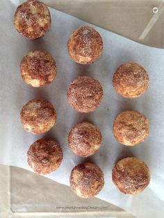 Applesauce Puffs by moritzfineblogdesigns: these taste like cinnamon-sugar donuts.  #Pastry #Applesauce #Easy
