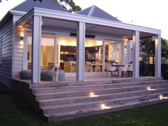 James Morrow Builders Ltd was established in February 2000 to specialise in villa and bungalow renovation in inner city Auckland. Outdoor Rooms, Outdoor Living, Weatherboard House, Home Addition Plans, Casa Patio, Bungalow Renovation, Balcony Design, House Extensions, Villa