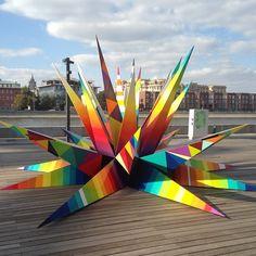 Sculpture by 'Okuda' for Artmossphere - Moscow, Russia - September, 2014 (LP)♥≻★≺♥ Street Art News, Street Art Graffiti, Art Banksy, Okuda, Outdoor Art, Public Art, Installation Art, Art Installations, Urban Art