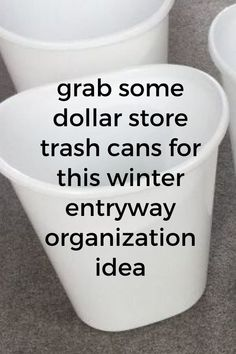 Cheap entryway organization idea for winter. Organize winter clutter with this winter command center family entryway station. Easy front entrance or mudroom organized for winter. #hometalk Linen Closet Organization, Household Organization, Office Organization, White Cottage Kitchens, Chandelier Makeover, Vintage Laundry, Diy Chalkboard, Big Kitchen, Diy Storage