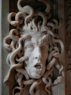 This marble sculpture of Medusa was made in 1650-1652 by Artus Quellinus for the Tribunal of the former Town Hall. Medusa, one of the three ghastly sisters known as the Gorgons, is shown with a frightful face, bulging eyes and snakes instead of hair. She looked so terrible that anyone who saw her was turned to stone.